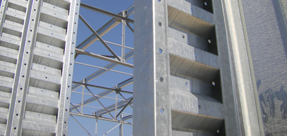 galvanisation-cantilever-1