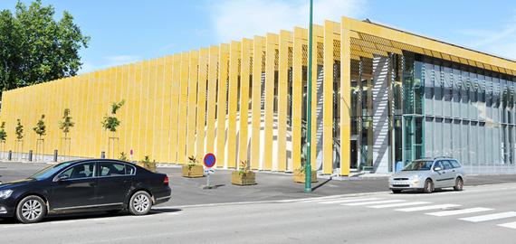 Teinte Safran Or médiathèque Bretagne