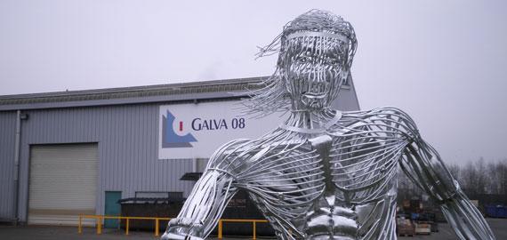 Sculpture métal footballeur